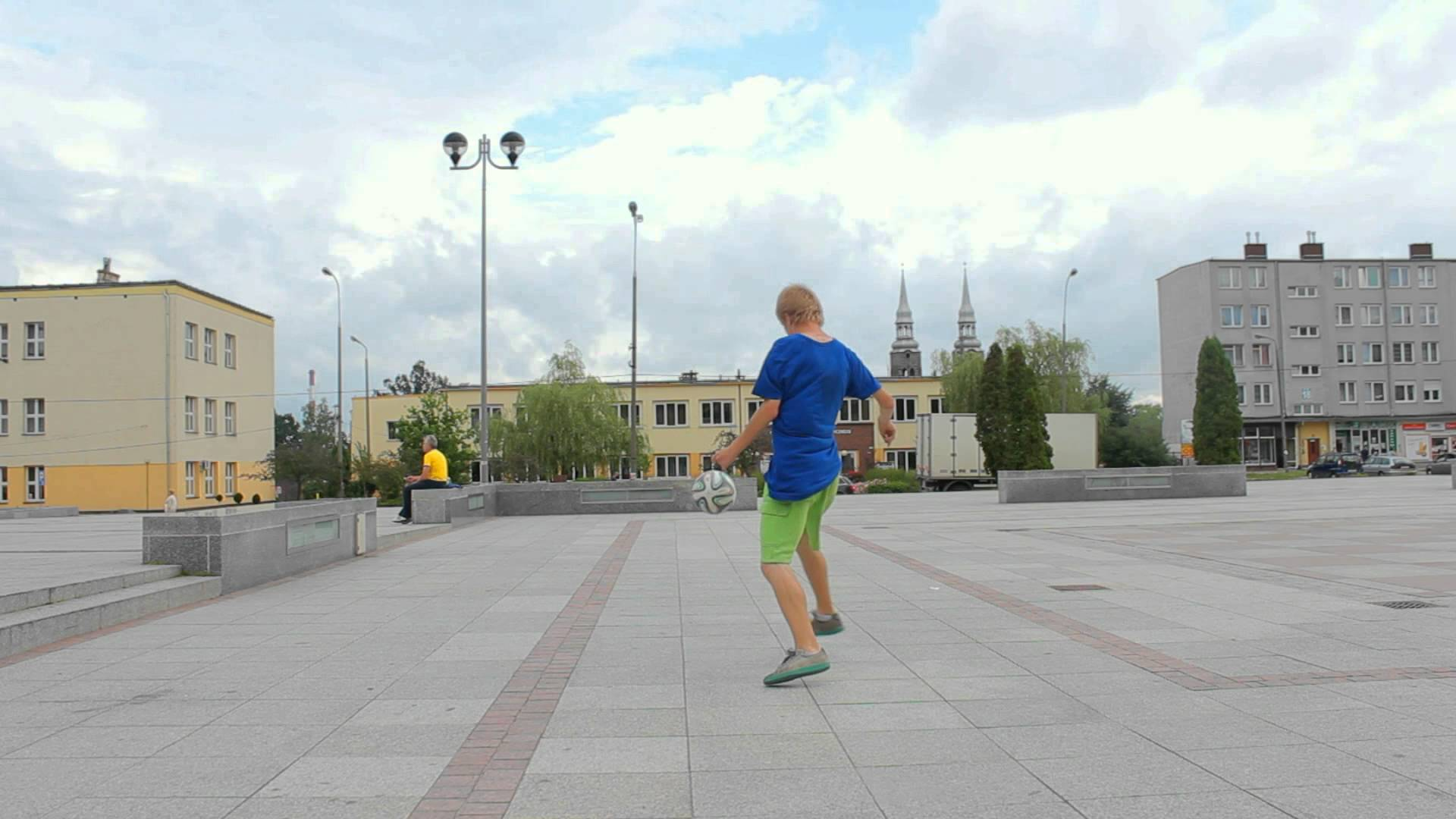 Football Freestyle : Bucci (Poland) for @iamafreestyler