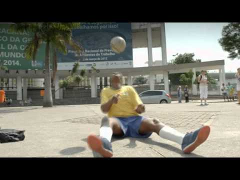 Classic Brazilian Freestyler Street Performance